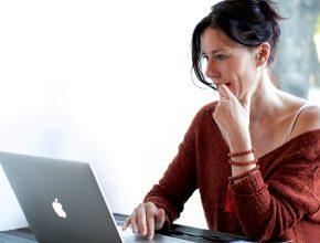 woman 2937201 290x220 - VPN種類繁多 不同種類、好處壞處3分鐘令你明白!