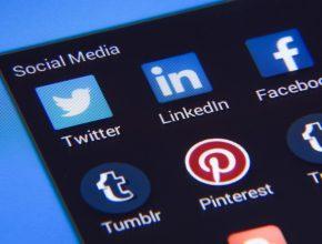 social media 1795578 1280 290x220 - Facebook 正研究明年推虛擬貨幣Global Coin? IG、WhatsApp購物要靠Facebook Coin?