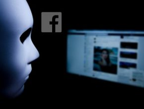 A 1 290x220 - 馬上更換 Facebook密碼!專家:全球4億用戶有泄露電話號碼風險!