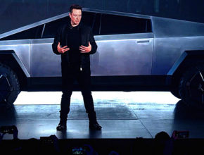elon musks cybertruck is right here and so are the jokes 290x220 - 一個動作 竟令Elon Musk和Cyber Truck無比尷尬?