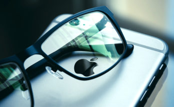 iphone smartphone apple blue mobile phone sunglasses 1178609 pxhere.com  348x215 - 挑戰Google Microsoft? Apple AR智能眼鏡快將登場!