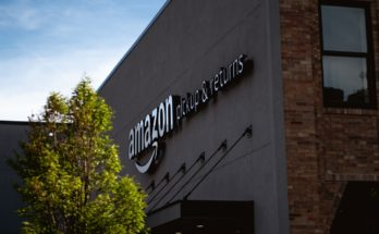 photo 1556382363 8967ad2b37f0 348x215 - 【Startup 啟示】Amazon發災難財訂單量大增!一覽各大網購企業訂單升幅!