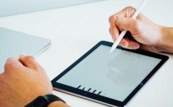 photo 1502404679462 d669245fc482 348x215 - iPad 2020支援AR年底推出? 價格歷史新低這價錢就買到?