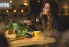 photo 1533777857889 4be7c70b33f7 135x93 - POS如何幫助餐廳提升工作效率? 齊看這些實例!