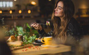 photo 1533777857889 4be7c70b33f7 348x215 - POS如何幫助餐廳提升工作效率? 齊看這些實例!